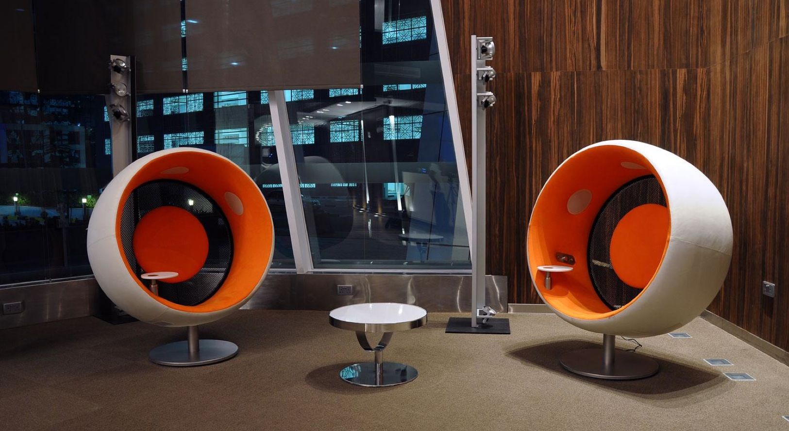 Art Line Qatar : Doha bank by adg interiors