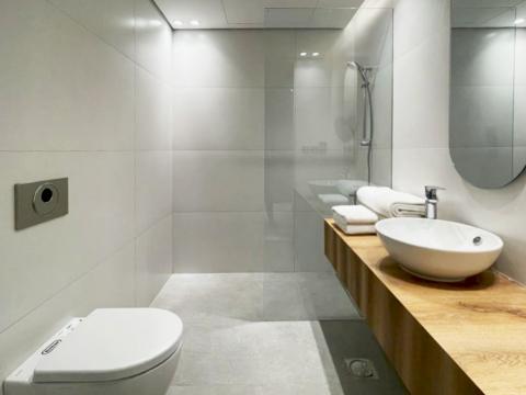 Otencia 2 Hotel by AccentDG - Bathroom